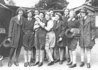 Home Sweet Home Front - 'All the Girls together' Image